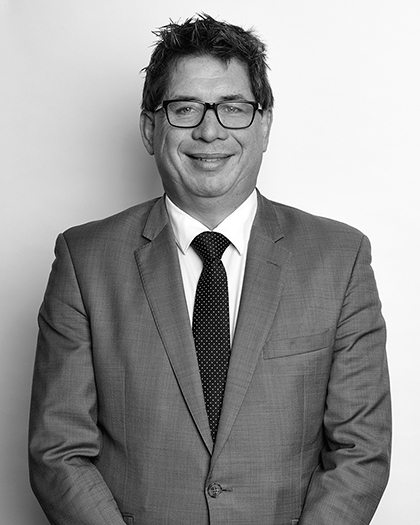 Simon Maxwell - Senior Associate